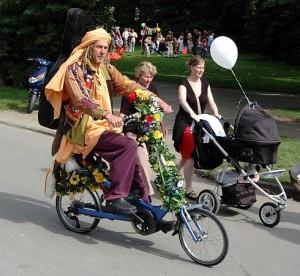 Mestský skladací bicykel je novým hitom leta :)